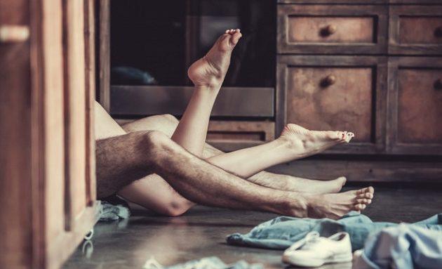 Η ερωτική επαφή βοηθάει για να ξεπεράσετε τον πονοκέφαλο και το συνάχι