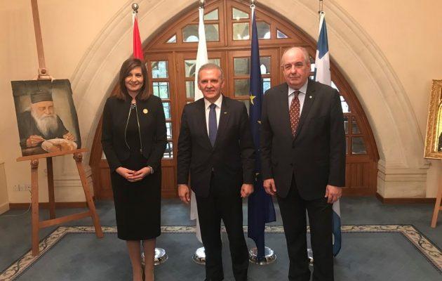 Τι συμφωνήθηκε στην τριμερή για θέματα διασποράς Ελλάδας, Κύπρου και Αιγύπτου