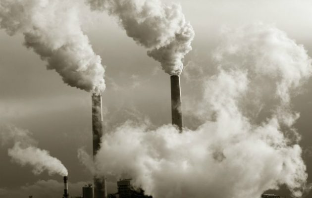 Πρώτη στις παρανομίες η Γερμανία – Τελεσίγραφο από την Κομισιόν για την ατμοσφαιρική ρύπανση
