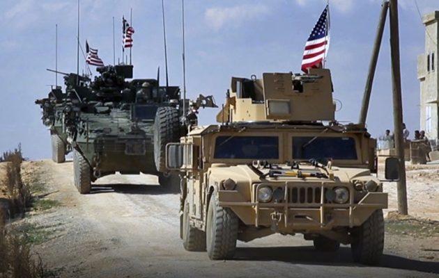 Οι Αμερικανοί έστειλαν ισχυρές στρατιωτικές ενισχύσεις στη Μανμπίτζ της Συρίας (βίντεο)