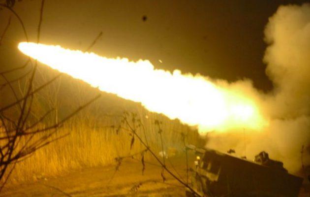 Κούρδοι και Τούρκοι αντάλλαξαν πυρά πυροβολικού στην Τελ Αμπιάντ στη βόρεια Συρία