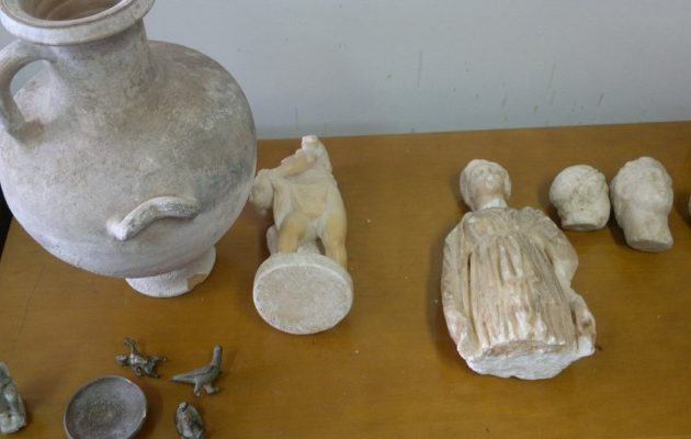 New York Times: «Σε σπίτι δισεκατομμυριούχου στο Μανχάταν κλεμμένα αρχαία από την Ελλάδα»