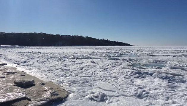 Το πολικό ψύχος στις ΗΠΑ πάγωσε τον Ατλαντικό Ωκεανό (βίντεο)
