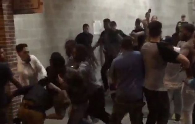 Ρομά και Αλβανοί συνεπλάκησαν σε μάχη με τσεκούρια και ρόπαλα στη Μυρτιά Ηλείας