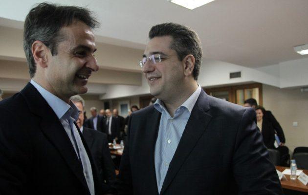 """Προ των πυλών της διάσπασης η ΝΔ: Πώς τα Σκόπια """"γεννούν"""" νέο κόμμα"""