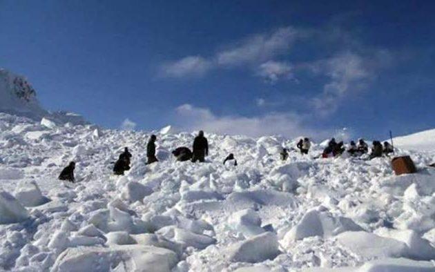 Δέκα Σύροι πρόσφυγες πέθαναν σε χιονοθύελλα  στα βουνά του Λιβάνου