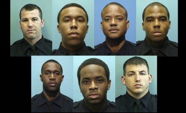 Aστυνομικοί «μπουμπούκια» έκλεβαν όπλα, χρήματα και πουλούσαν κατασχεμένα ναρκωτικά