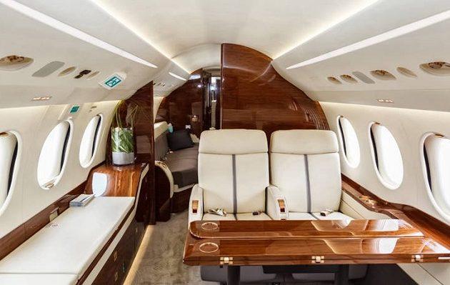 Βρετανός οικοδόμος νοίκιασε ιδιωτικό αεροπλάνο για να φέρει πίσω 500 κιλά κοκαΐνη