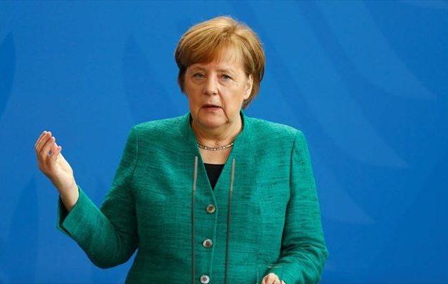 Διασφάλιση των εξωτερικών συνόρων της ΕΕ και ενδοευρωπαϊκή αλληλεγγύη ζήτησε η Μέρκελ
