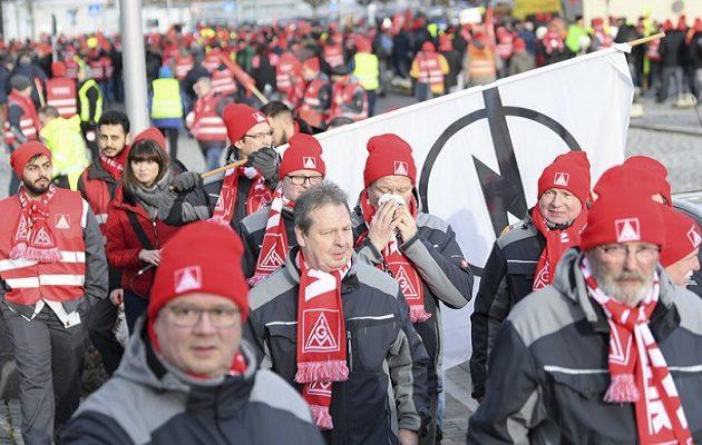 Συμφωνία για 6ωρη εργασία στη Γερμανία πέτυχε το μεγαλύτερο συνδικάτο της Ευρώπης