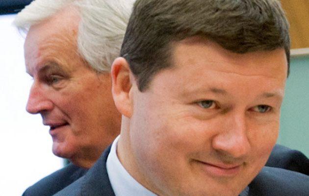 Ο Γιούνκερ διόρισε γενικό γραμματέα της Κομισιόν τον διευθυντή του γραφείου του