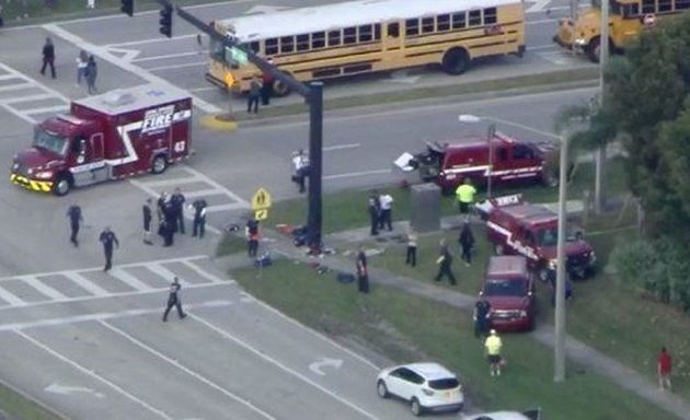 Σοκ στη Φλόριντα: Ένοπλος άνοιξε πυρ σε σχολείο – Ένας νεκρός, δεκάδες οι τραυματίες (βίντεο)