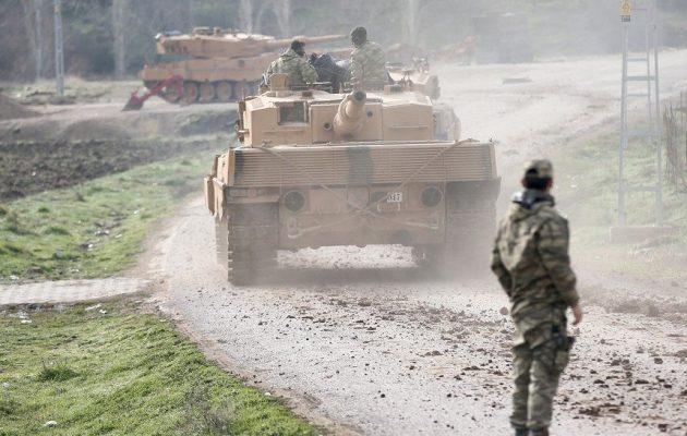Οι Τούρκοι ενισχύουν τα οχυρά τους στην ελεγχόμενη από ισλαμιστές βορειοδυτική Συρία