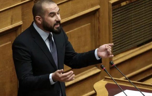 Τζανακόπουλος: Αντιπερισπασμός για τα δάνεια της ΝΔ η επαναφορά του θέματος Πετσίτη