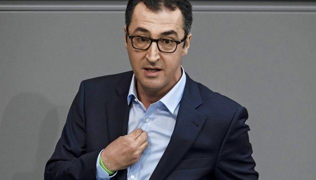 Πρώην ηγέτης Γερμανών Πρασίνων: Ο Ερντογάν παίζει με τη φωτιά σε Ελλάδα, Κύπρο και Συρία