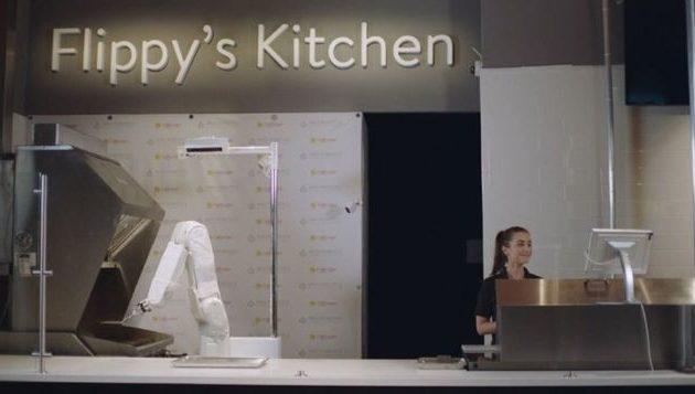 Αυτό είναι το πρώτο ρομπότ-ψήστης που έπιασε δουλειά σε φαστφουντάδικο στην Καλιφόρνια (βίντεο)