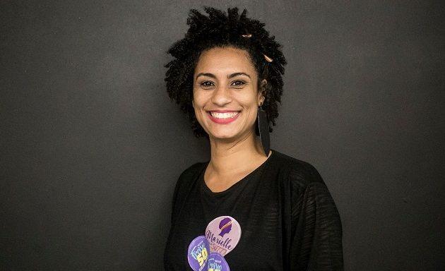 Σοκ στη Βραζιλία: Δολοφόνησαν εν ψυχρώ ακτιβίστρια μέσα στο αυτοκίνητο της