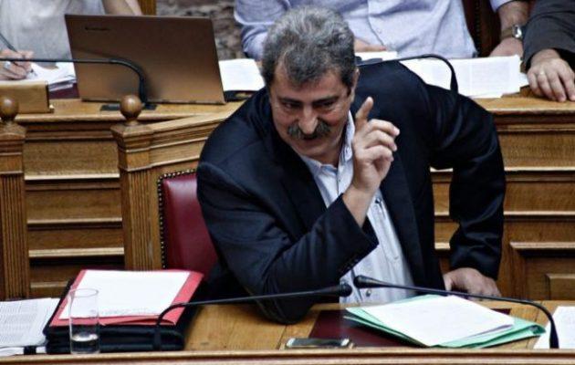 Πολάκης προς Μητσοτάκη: «Κυριάκο, μην κουράζεσαι να μοιράζεις θέσεις στο δημόσιο γιατί…»