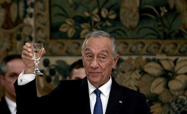 Πρόεδρος Πορτογαλίας: Σεβασμός για τις θυσίες του ελληνικού λαού