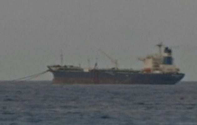 Κατασχέθηκε για λαθρεμπόριο καυσίμων ελληνικό δεξαμενόπλοιο στη Λιβύη – 8 συλλήψεις