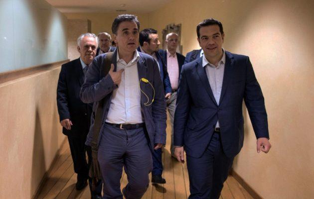 Τι κερδίζει η Ελλάδα από τη συμφωνία για το χρέος – Ξημέρωσε μια νέα μέρα