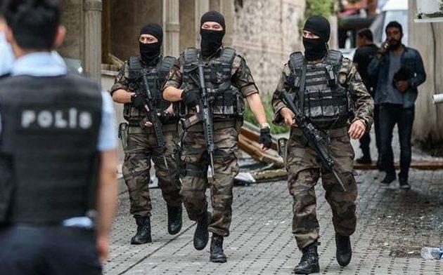 Νέο πογκρόμ «γκιουλενιστών» στην Τουρκία – 700 εντάλματα σύλληψης στρατιωτικών, αστυνομικών κ.α.