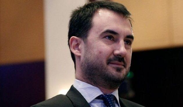 Χαρίτσης: Ο κ. Μητσοτάκης τρέχει για να βγει δεύτερος