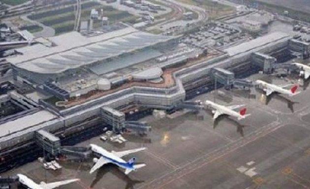 Aεροσκάφος που ετοιμάζονταν να απογειωθεί χτυπήθηκε από πυραύλους στην Λιβύη