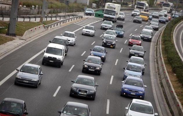 «Γκάζια» στις πωλήσεις νέων αυτοκινήτων – Τι δείχνουν τα στοιχεία