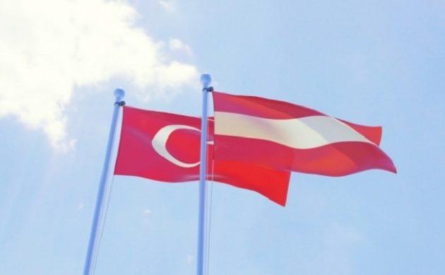 H Aυστρία διώχνει 18.500 Τούρκους ως παράνομους μετανάστες