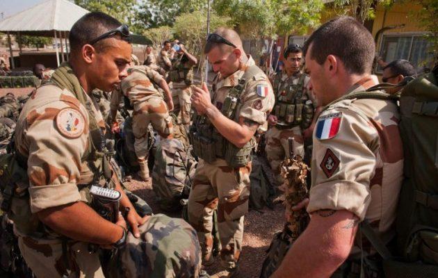 Στο πλευρό των Κούρδων στη Συρία αναπτύχθηκαν και άλλοι Γάλλοι στρατιώτες
