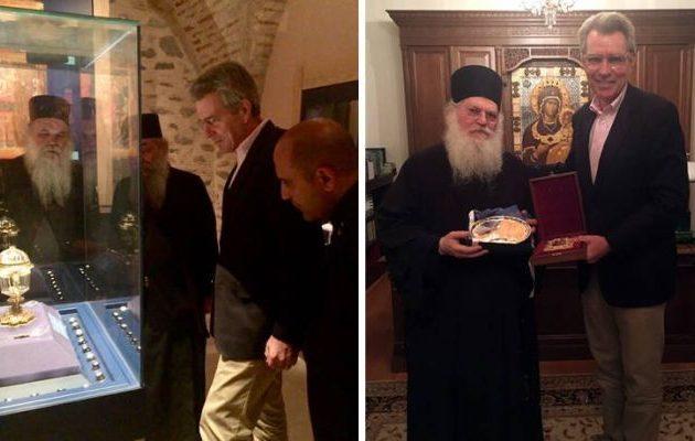 O Τζέφρι Πάιατ στο Άγιο Όρος: Τι εντυπωσίασε τον Αμερικανό πρέσβη (φωτο)