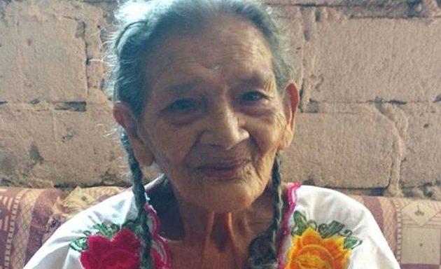 Μεξικανή μπήκε στο Λύκειο στα… 96 της! – Θέλει να γίνει βρεφονηπιοκόμος