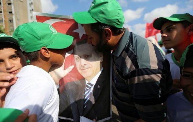 Το Ισραήλ κατηγορεί τη Χαμάς για την επίθεση με ρουκέτα τα ξημερώματα
