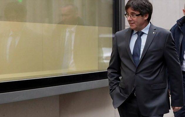 Ο φυγόδικος Πουτζδεμόν θα επιστρέψει στην Ισπανία εάν εκλεγεί ευρωβουλευτής