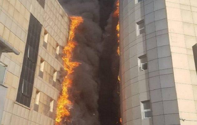 Mεγάλη φωτιά σε νοσοκομείο στην Κωνσταντινούπολη (βίντεο)