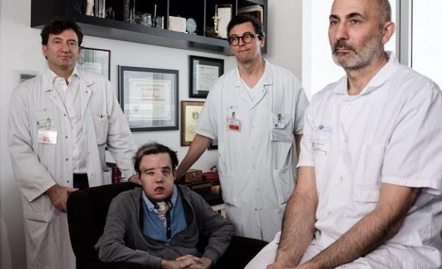 Ιστορικό: Πρώτος άνθρωπος στον κόσμο που του έγιναν δύο μεταμοσχεύσεις προσώπου (βίντεο)