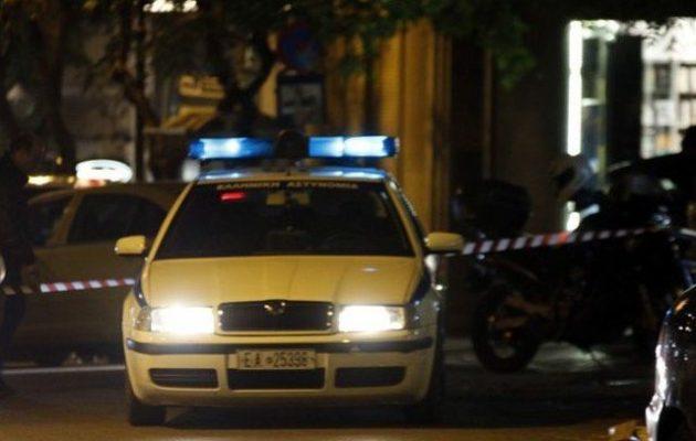 Δολοφόνησαν άνδρα στα Εξάρχεια – Επιτέθηκαν με μαχαίρι