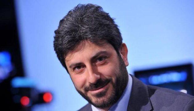 O Ρομπέρτο Φίκο παίρνει εντολή για τον σχηματισμό κυβέρνησης στην Ιταλία
