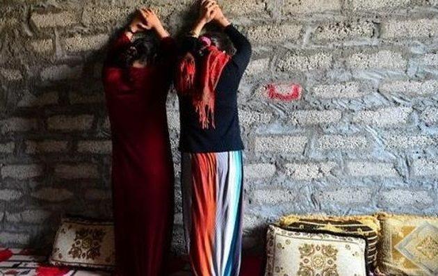 Τούρκοι στρατιώτες και τζιχαντιστές άρπαξαν κορίτσια της Εφρίν και τα βιάζουν σε σπίτια