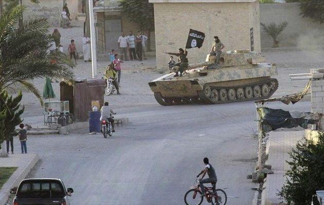 Τουλάχιστον 19 μαχητές νεκροί σε επιθέσεις του Ισλαμικού Κράτους στην ανατολική Συρία