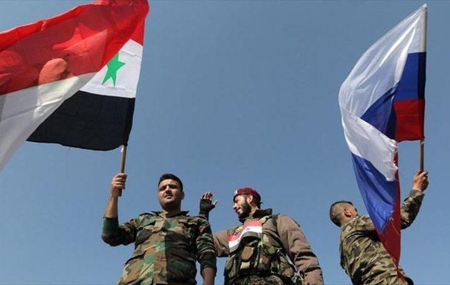 Γιατί οι Ρώσοι νιώθουν οργή αλλά και «ανακούφιση» για τον βομβαρδισμό στη Συρία