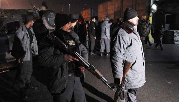Διπλή επίθεση αυτοκτονίας στην Καμπούλ – Νεκρός φωτορεπόρτερ του Γαλλικού Πρακτορείου