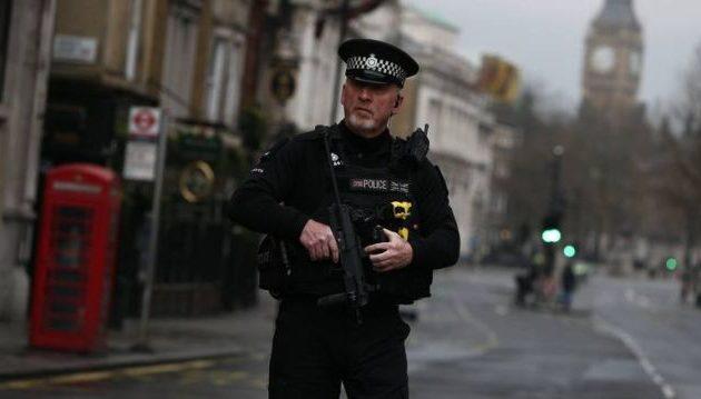 Σύλληψη 18χρονου στο Λονδίνο για προετοιμασία τρομοκρατικής επίθεσης