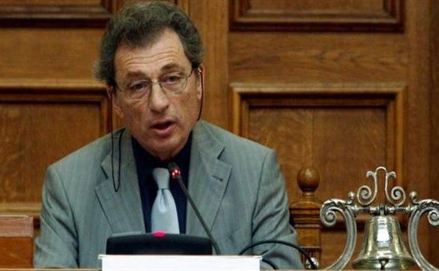 Καταγγελία «βόμβα» από τον πρόεδρο της ΑΔΑΕ για ιδιωτικά βαλιτσάκια παρακολουθήσεων