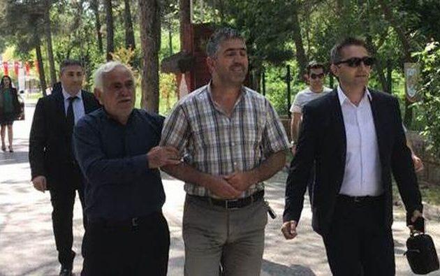Η Ελλάδα δεν πιάνει «ομήρους» όπως το καθεστώς Ερντογάν – Τι δήλωσε ο Αλερίκ μόλις έφτασε σπίτι του