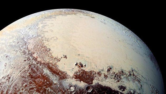 Ανακαλύφθηκαν αμμόλοφοι από μεθάνιο στον πλανήτη Πλούτωνα