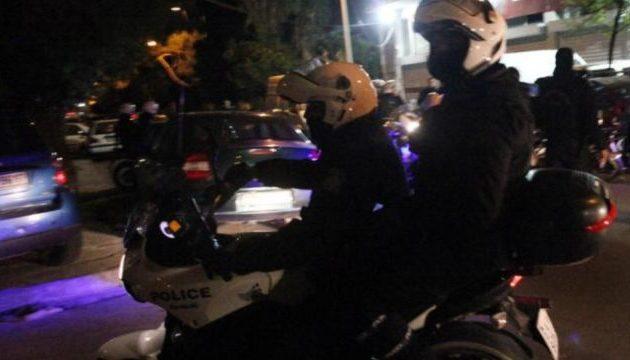 Πυροβόλησαν κατά αστυνομικών στα Λιόσια – Τους έριχναν από τα γύρω σπίτια