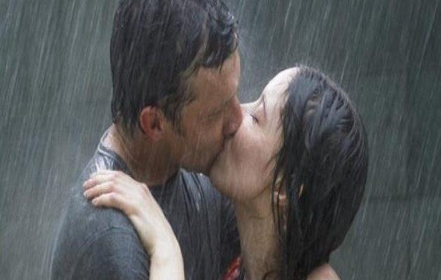 Γιατί είναι επικίνδυνο το γαλλικό φιλί – Τι μπορεί να προκαλέσει