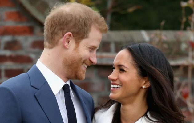 Η βασίλισσα έχρισε τον Χάρι «Δούκα του Σάσεξ» λίγο πριν τον γάμο του με τη Μέγκαν Μαρκλ
